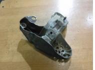 Кронштейн опоры двигателя для Volkswagen Passat B5 1996-2000 4B0199351B