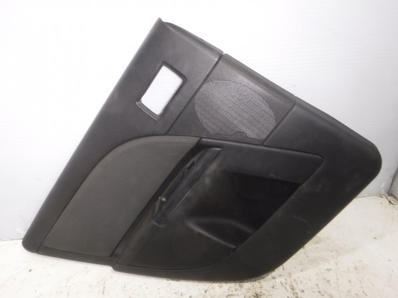 Обшивка двери задней левой для Ford Mondeo 3 2000 -2007. Артикул 480028.