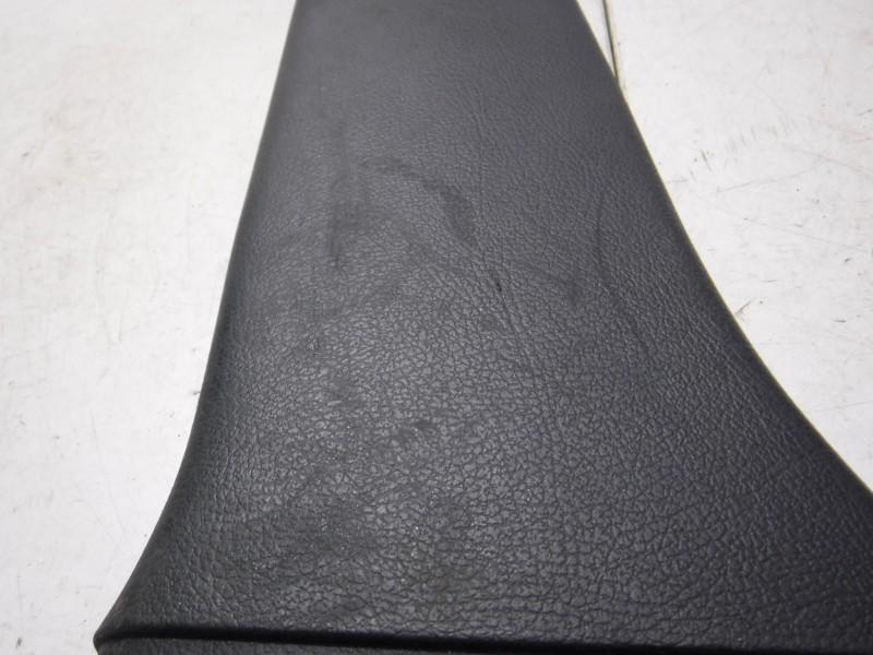 Обшивка стойки средней левой