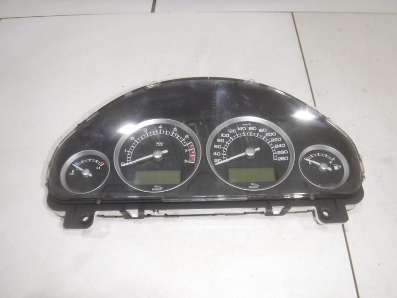 Панель приборов для Jaguar S-type 1999 -2008. Артикул 699011.