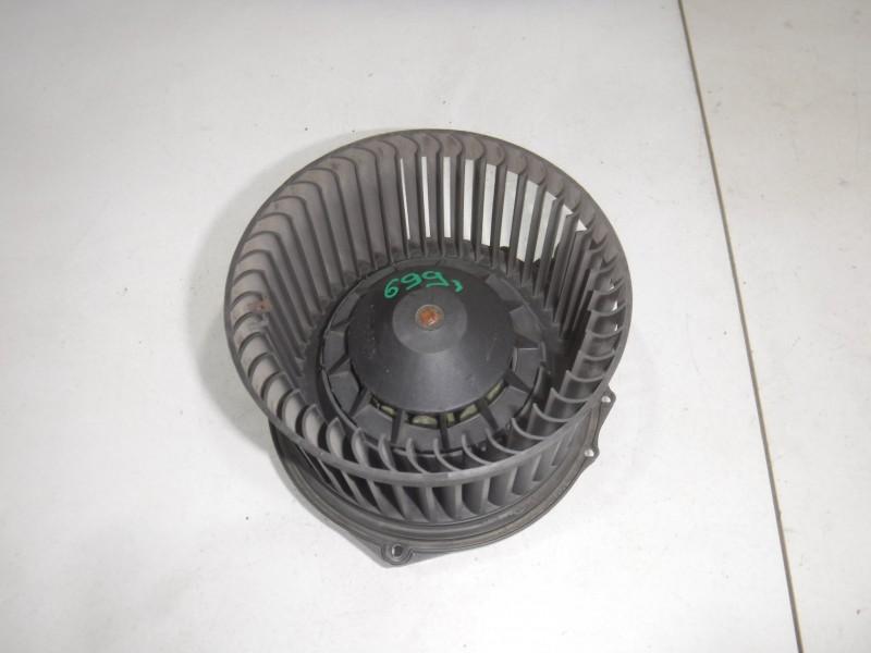 Моторчик печки для Jaguar S-type 1999 -2008. Артикул 699018.