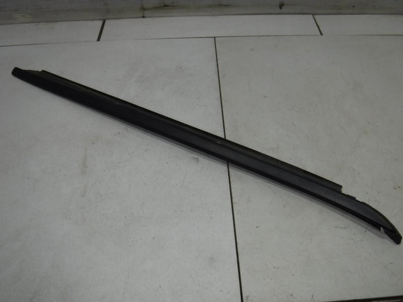 Молдинг лобового стекла для Jaguar S-type 1999 -2008. Артикул 699091.