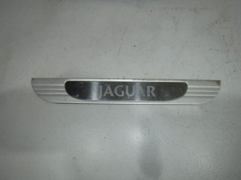 Накладка декоративная для Jaguar S-type 1999 -2008. Артикул 699328.