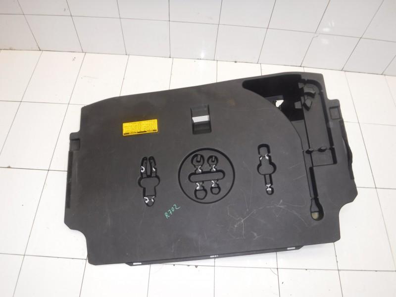 Ящик для инструментов для Lexus GS 3 300 400 430 2005 -2012. Артикул 702188.