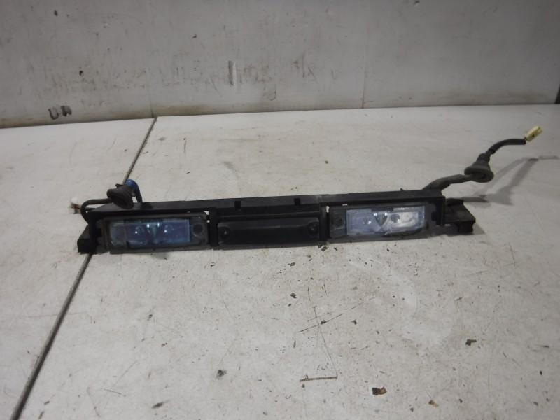 Кнопка открывания двери багажника для Lexus GS 3 300 400 430 2005 -2012. Артикул 702251.