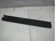 Накладка порога передняя правая для Nissan Terrano 2 (R20) 1993 -2006. Артикул 705103.