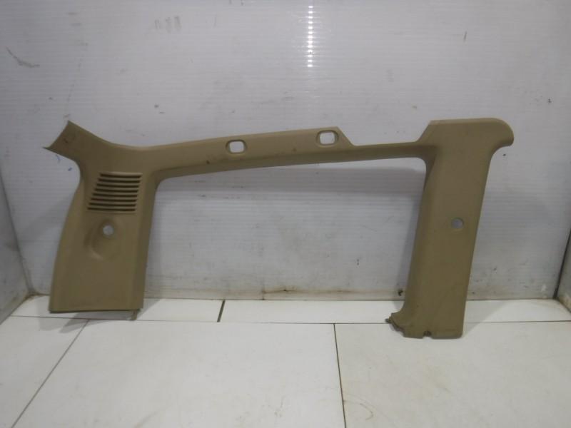 Обшивка багажника левая верхняя для Nissan Terrano 2 (R20) 1993 -2006. Артикул 705167.