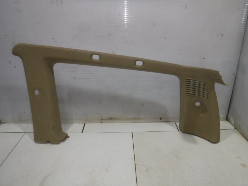 Обшивка багажника правая верхняя для Nissan Terrano 2 (R20) 1993 -2006. Артикул 705168.