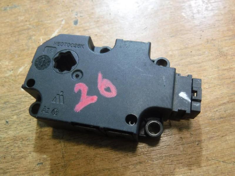 Моторчик заслонки печки для Audi A6 C7 2011 -. Артикул 290615.